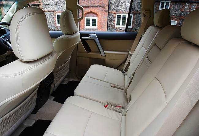 Toyota Land Cruiser 3.0 D-4D Icon (2016) Review