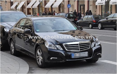 Cho thuê xe 4 chỗ Mercedes E250 VIP