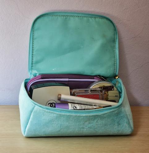 Travel Makeup Bag: Cabo Verde Edition!
