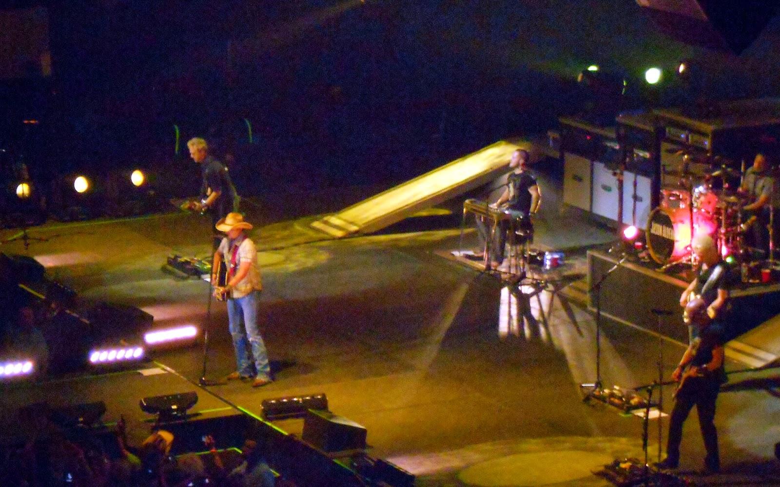 Jason Aldean / Chris Young & Thompson Square Concert