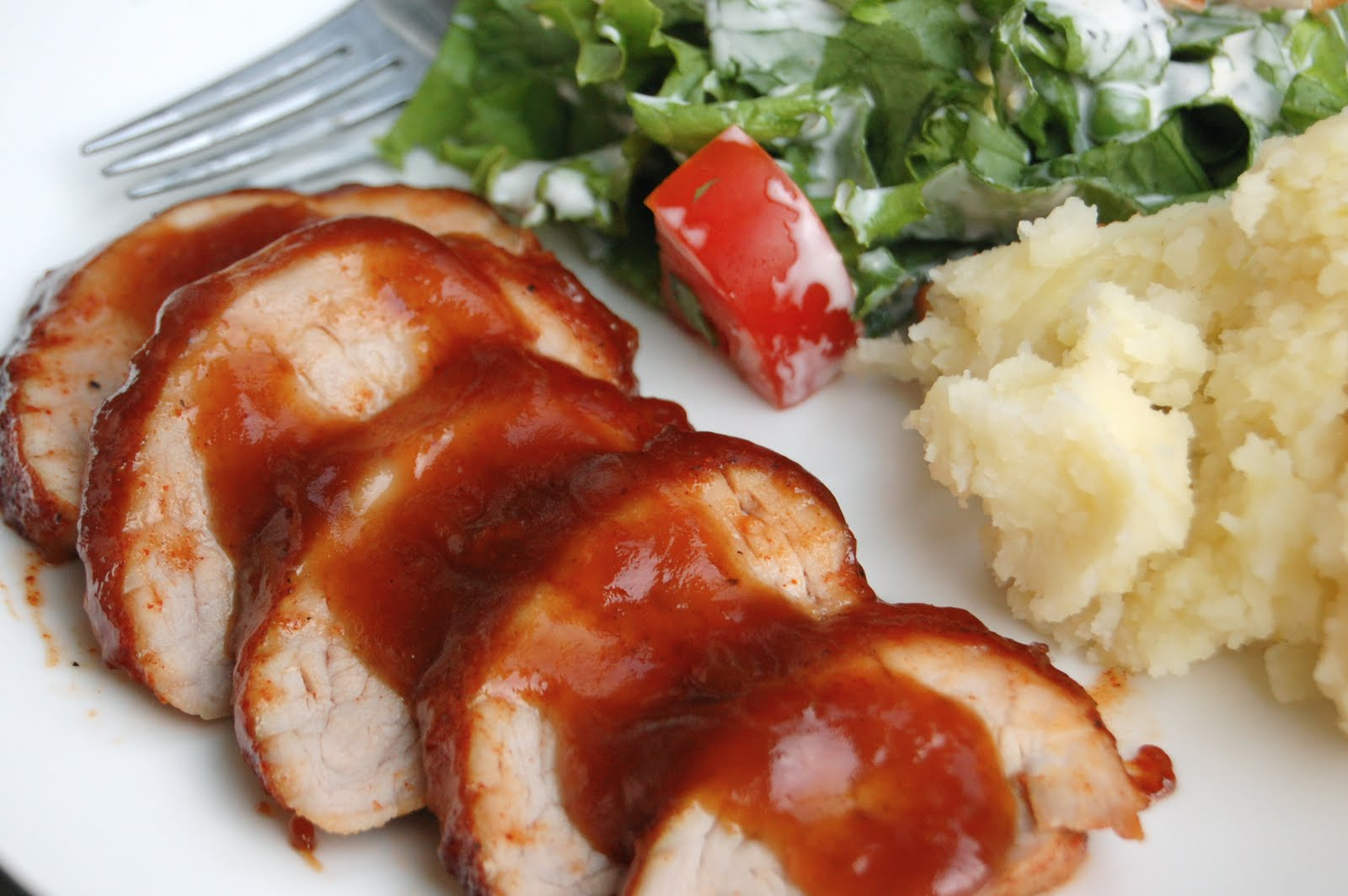 Emily Can Cook: Chile-Rubbed Pork Tenderloin with Apricot Glaze