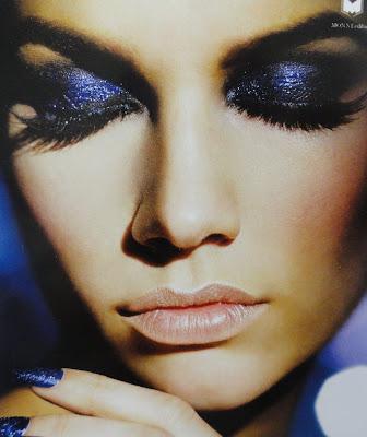Maquiagem 3D azul