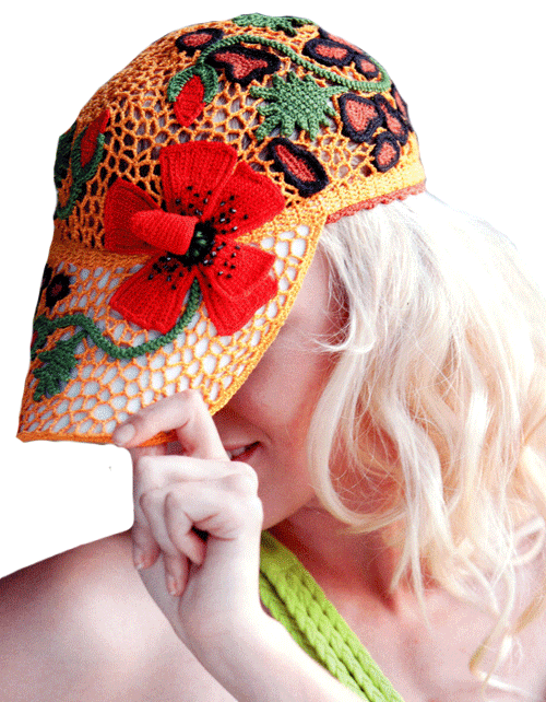 летняя кепка с цветочными мотивами в стиле фриформ