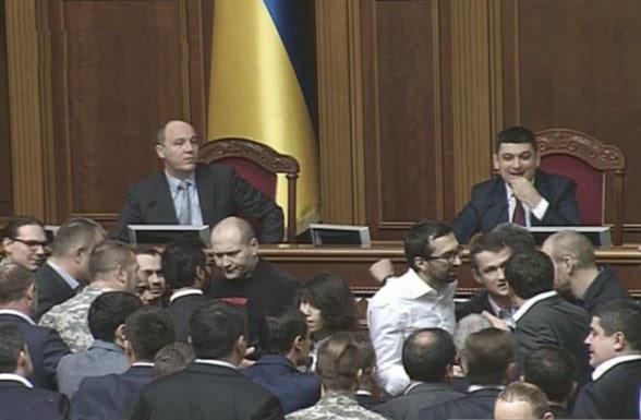 Парламент принял закон о расширении полномочий СНБО и в первом чтении рассмотрел большинство законов, необходимых для реализации госбюджета