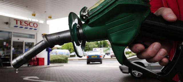 Cómo ahorrar dinero en combustible (sin conducir más despacio)
