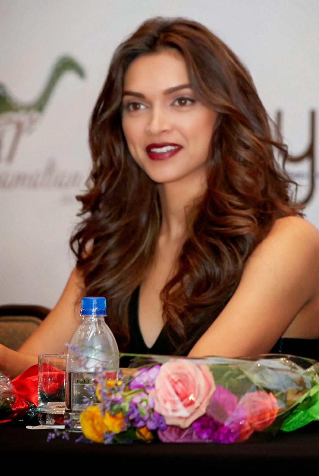 bollywood actress deepika hot hd wallpapers