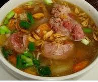 Resep membuat sop buntuk sapi untuk sajian menu makan malam keluarga