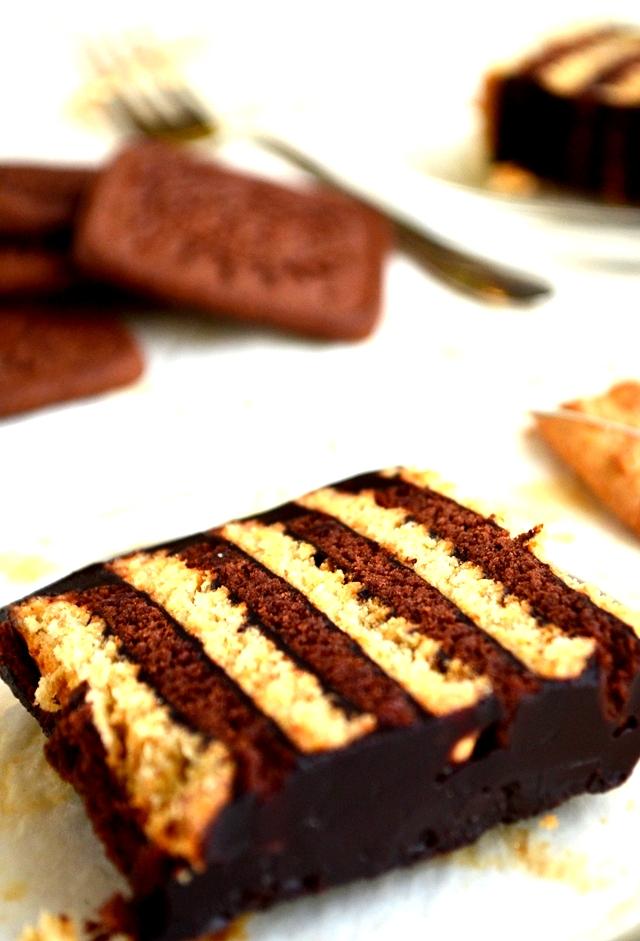 pudingli tarifler,burçak bisküvili pasta,iki renkli bisküvili pasta