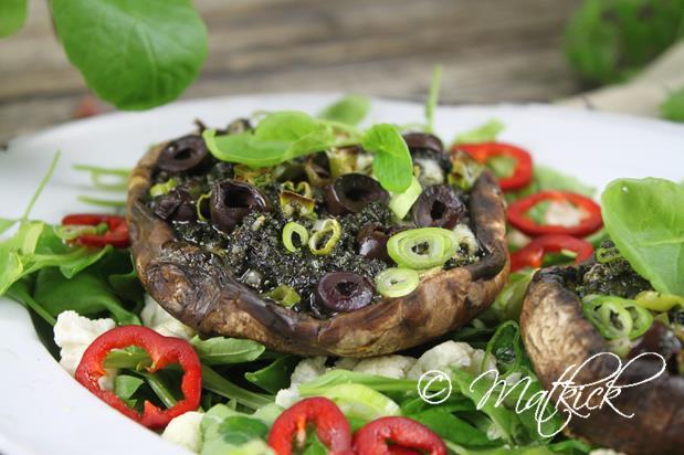 Ugnsstekt Portabello med grönkål och fetaost