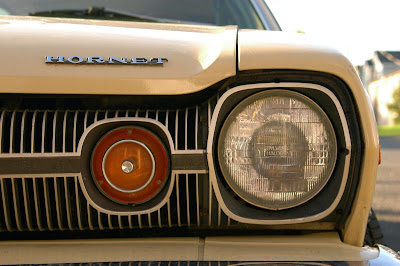 1974-AMC-Hornet-Sportabout-Wagon-headlight
