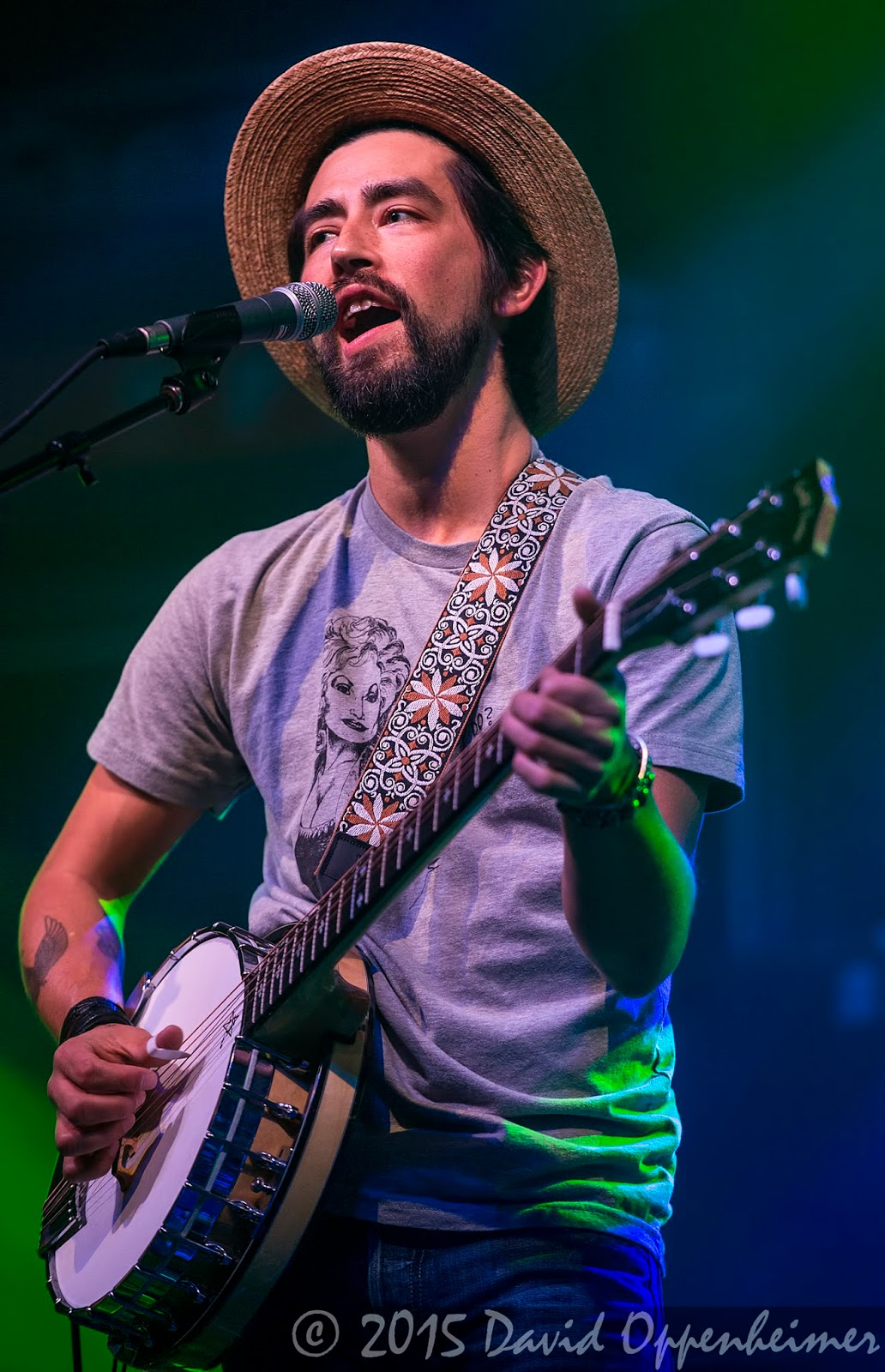 Jackie Greene Performing with Gov't Mule