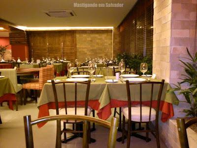 Restaurante Marinata: Ambiente interno da loja da Barra (Associação Atlética da Bahia)
