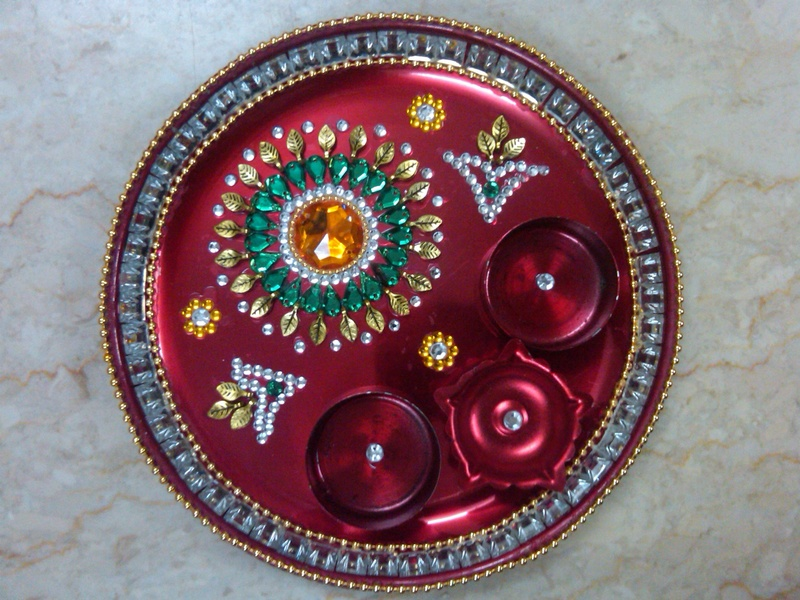 Fashion beauty decorative aarti thali for navratri for Aarti thali decoration with kundan