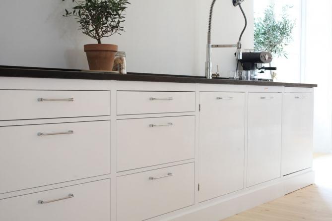 Kjøkken i svart og hvitt / black and white kitchens   feminiteangoo