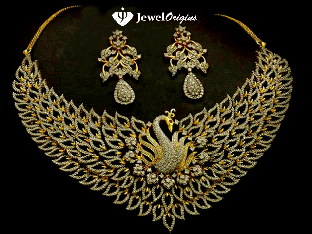 18 Carat Gold Dancing Pea Diamond Necklace And Earrings Set From Bhima Jewellers