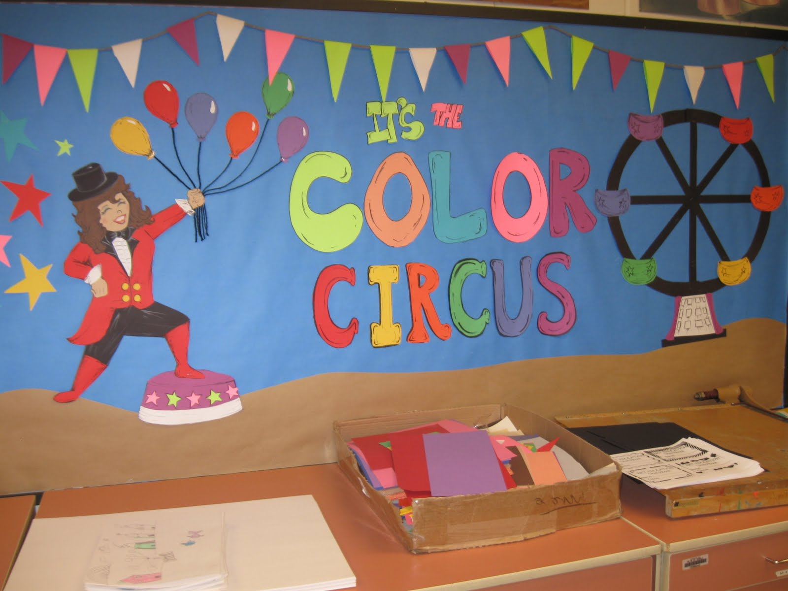 Circus Classroom Decoration : Bulletin boards to remember september