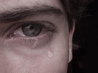 puisi putus cinta sedih