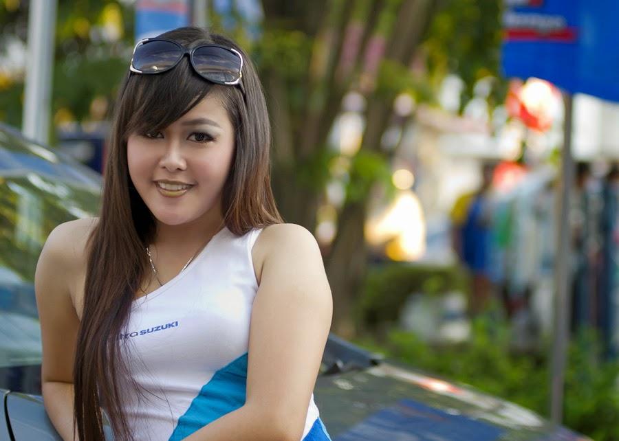 Kumpulan Foto SPG Cantik IIMS 2014