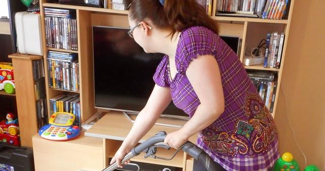 deux fois maman un aspirateur qui lave qui s che. Black Bedroom Furniture Sets. Home Design Ideas