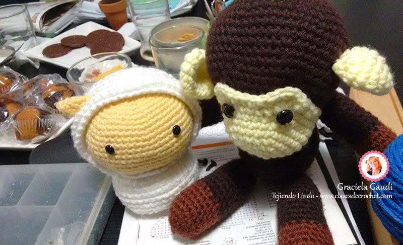 amigurumi crochet mono