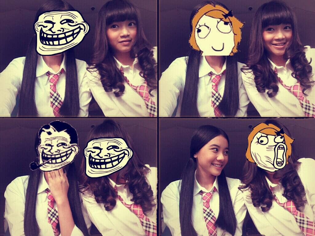 Foto Lucu JKT48 Diambil dari HP Pribadi