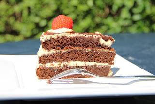 kue sponge cake coklat