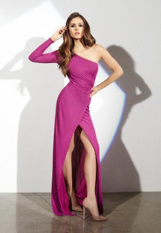 Gorgeous Elina in Pink Gown - Nina - The Vampir Diaries