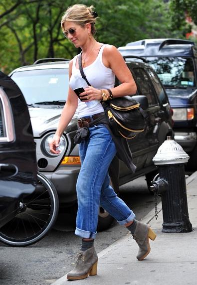 Beautytiptoday Com Jennifer Aniston Loves Boyfriend Jeans