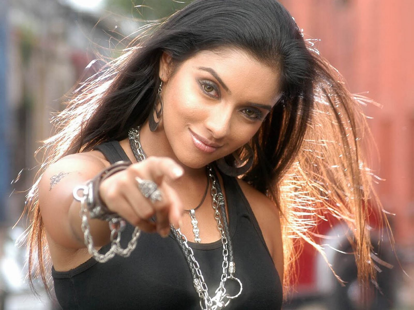 Bollywood Actress Asin All Latest Hd Wallpapers 2012