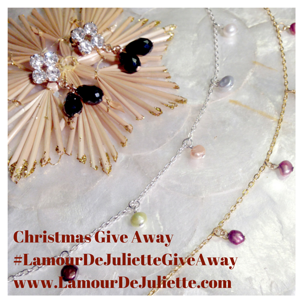 ChristmasGiveAway_LamourDeJuliette
