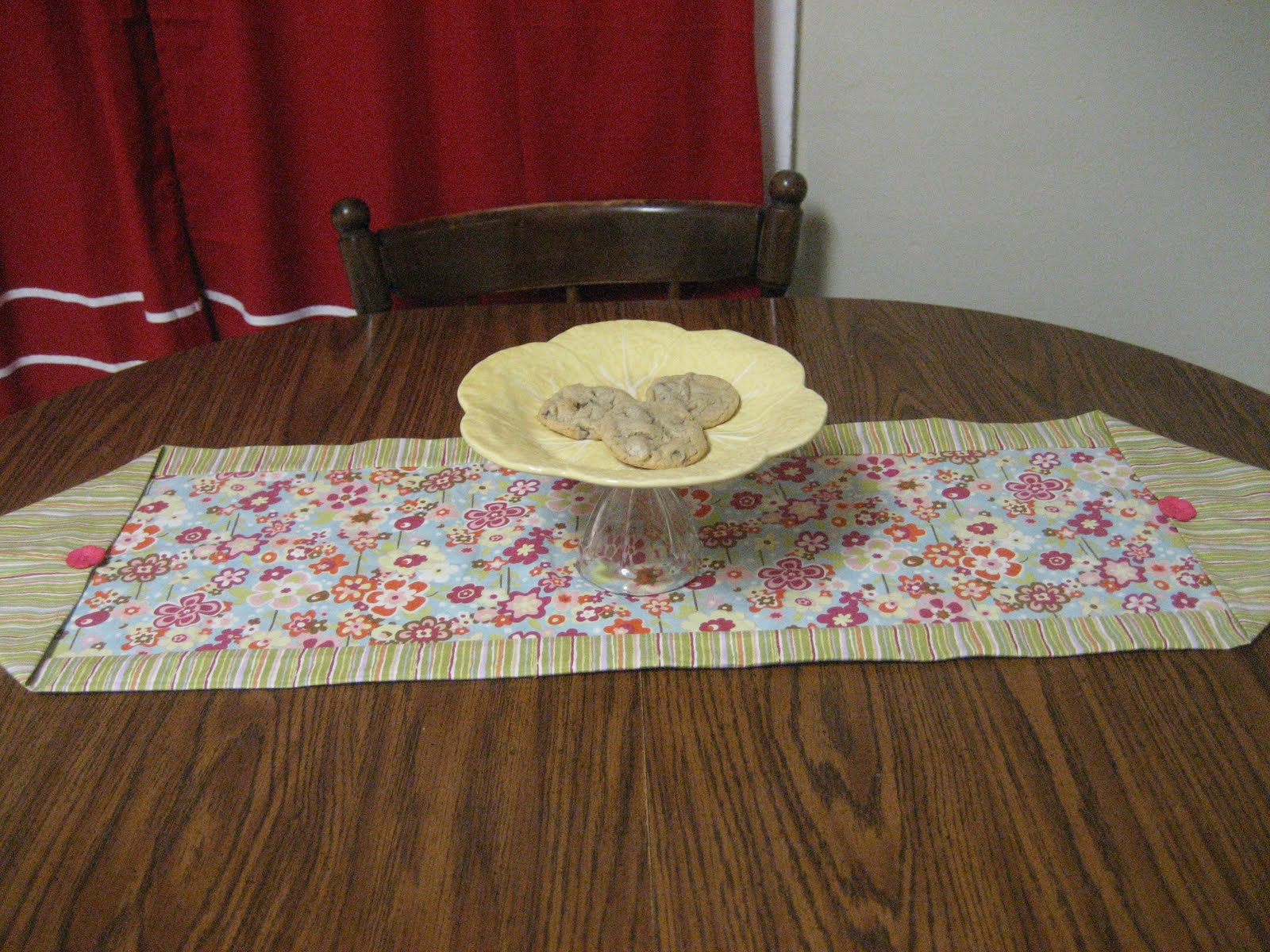 The life of a mormon housewife 10 minute table runner for 10 min table runner