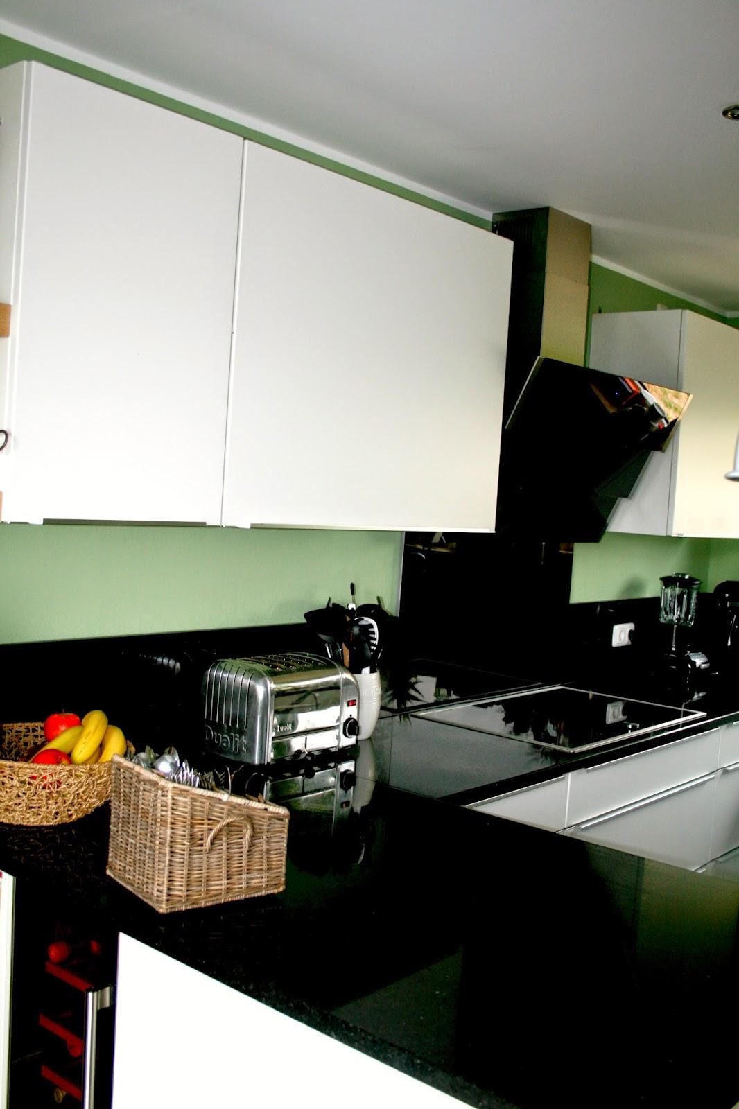 behind the scenes wollt ihr mal in meine k che schauen volle lotte. Black Bedroom Furniture Sets. Home Design Ideas