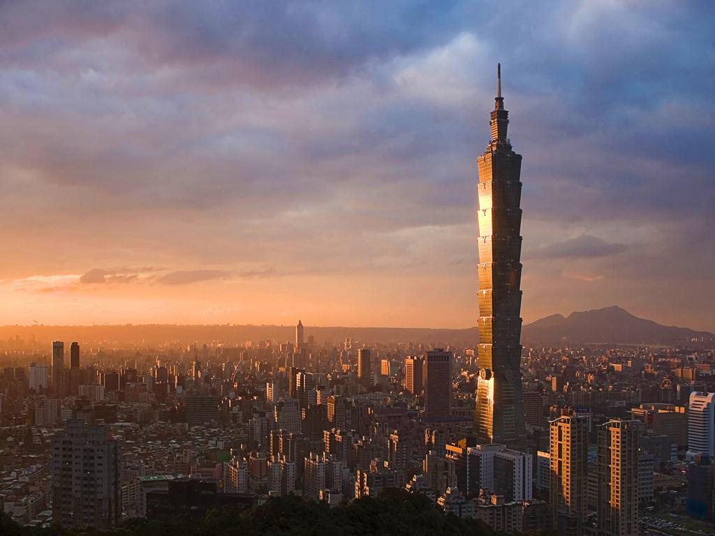 http://3.bp.blogspot.com/-Nb4Peay3ifI/UCOZf-U6pwI/AAAAAAAAATk/cvtkfukZwAc/s1600/Skyline,_Taiwan_Wallpaper_05bg.jpg