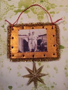 Sådan laver du julepynt med gamle fotos.