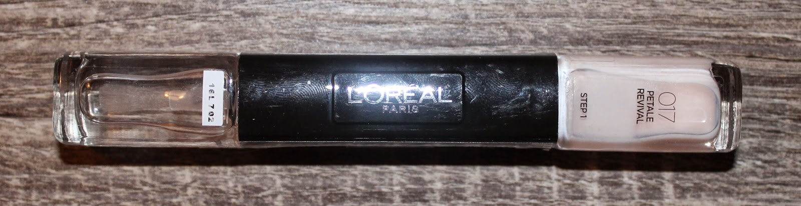 L'Oréal Infallible 2-Step Nail Colour in Petale Revival