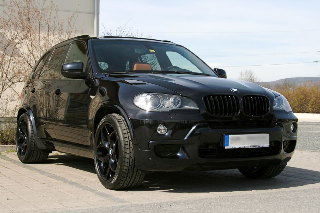 BMW X5 Black - supersports Cars