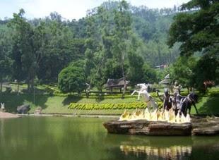 Songgoriti : Wisata Pemandian Air Panas Alami (PAPA)