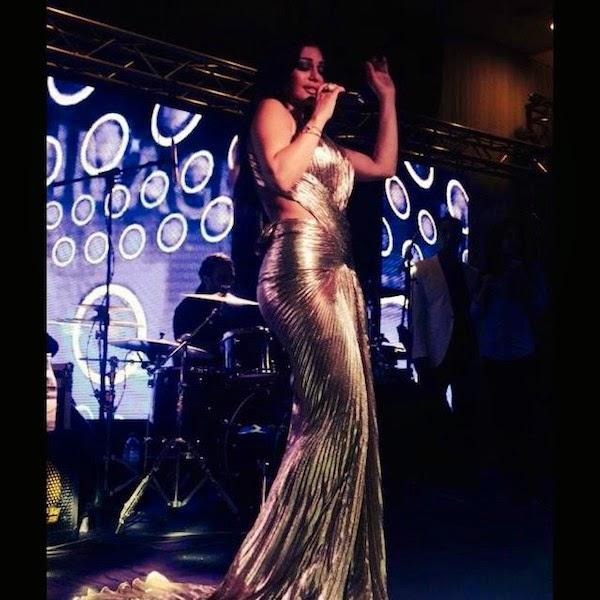 صورة : هيفاء وهبي بفستان ذهبي مثير في تونس, أخبار هيفاء وهبي, صور هيفاء وهبي,