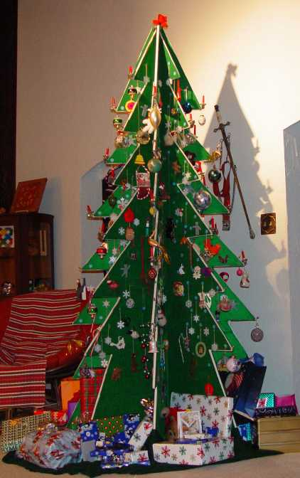 creative and unique christmas tree ideas let 39 s celebrate
