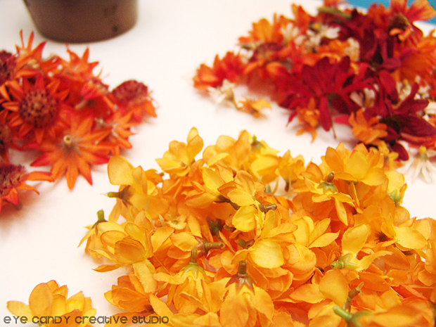 flower heads, fall flowers, flowers to make a topiary for fall, fall decor