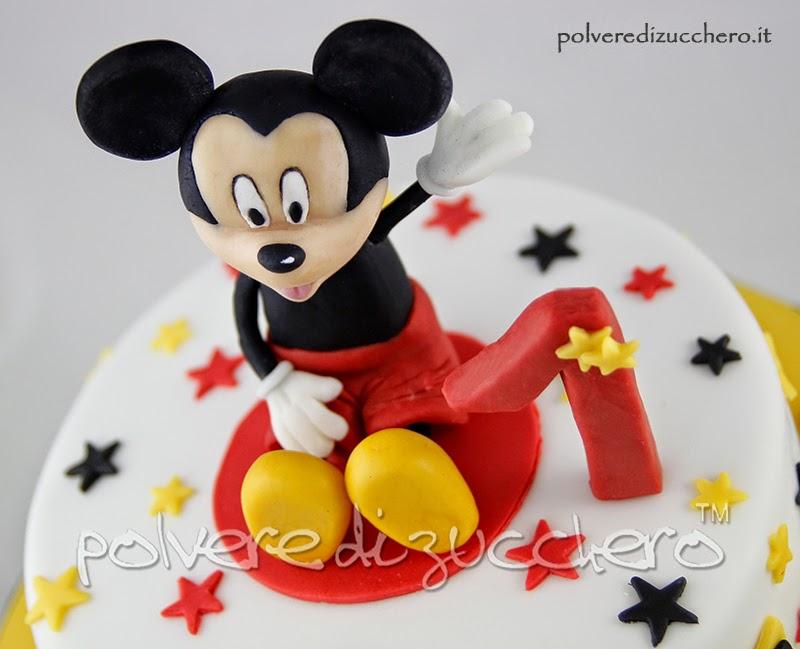 torta topolino cake design polvere di zucchero