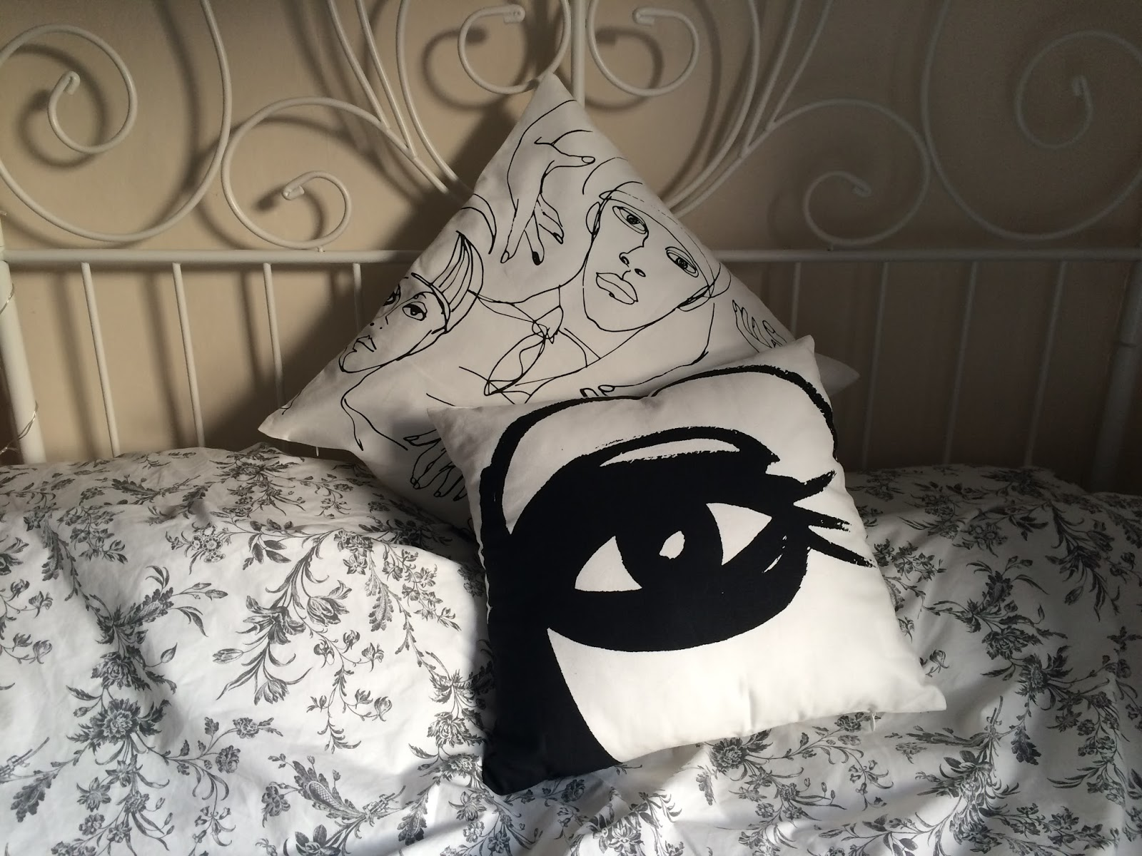 H&M cushion covers, bed, monochrome