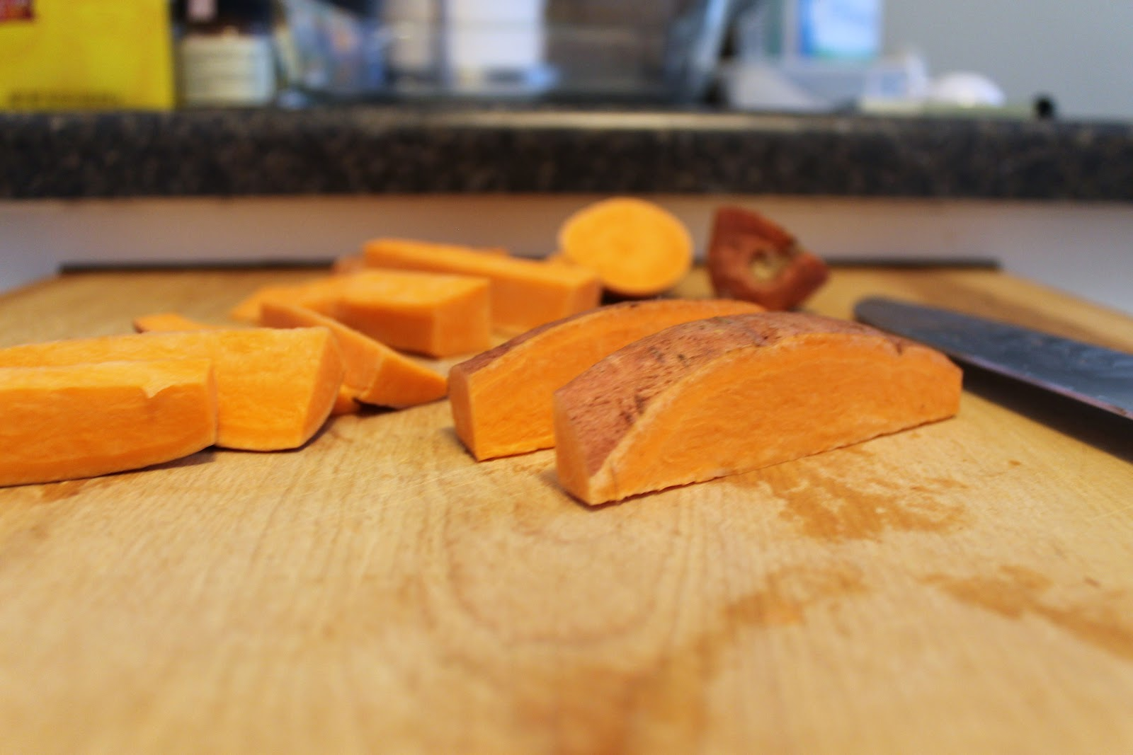 how to cut sweet potatoes into steak fries