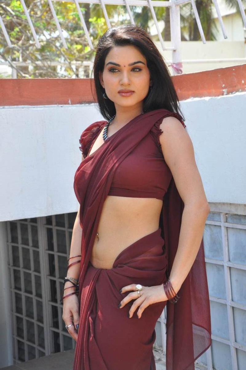 my indian charm: kavya singh looks sexy