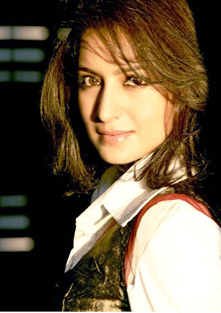 Tisca chopra hot