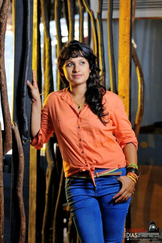 SUJEEWA DIAS tele drama actress