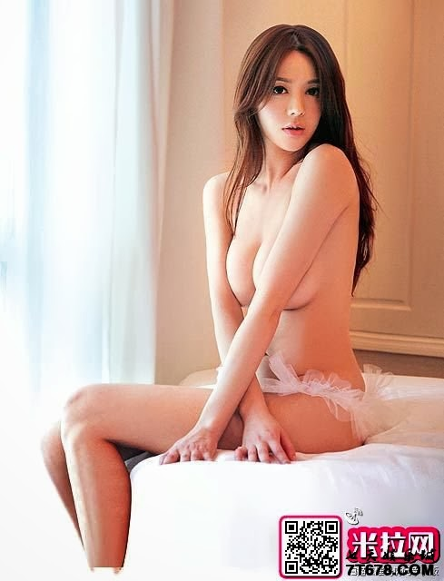 china top nude model
