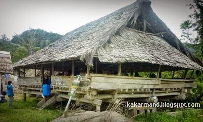 Download this Rumah Adat Sulawesi Tengah Gps Wisata Indonesia picture