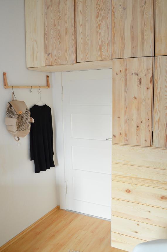 make it boho diy ikea hack kleiderschrank aus hellem holz. Black Bedroom Furniture Sets. Home Design Ideas