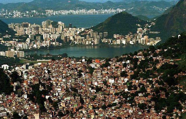 RIO DE JANEIRO NA PISTA DA ROTA DOS ESCRAVOS